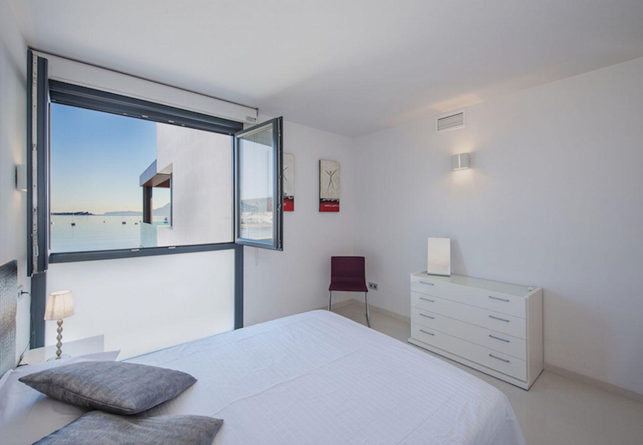 Apartment in Port de Pollença - Ático Londres Izquierda